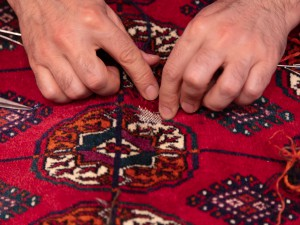 オールド絨毯の修理を学びましょう