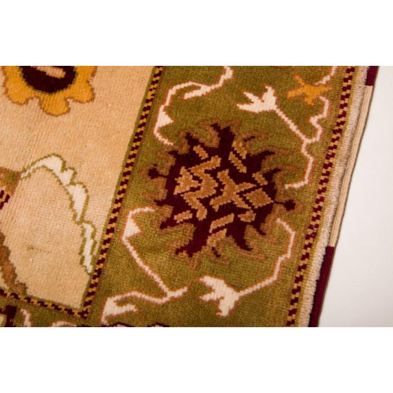 ウシャック絨毯 C27003
