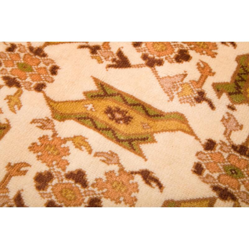 ウシャック絨毯 C27033