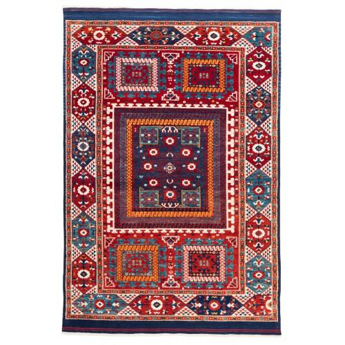 ウシャック セルチュック 絨毯 C28028
