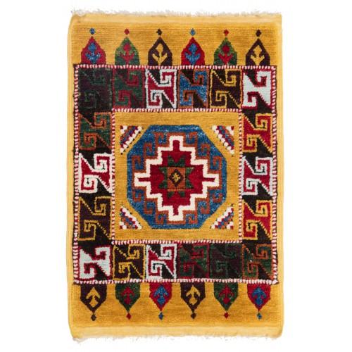 ウシャック セルチュック 絨毯 C28035