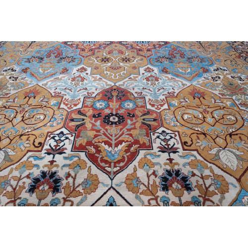 Persian Vase Carpet C50243